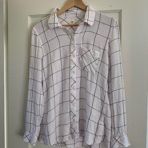 Gap white drapey plaid flannel button up shirt